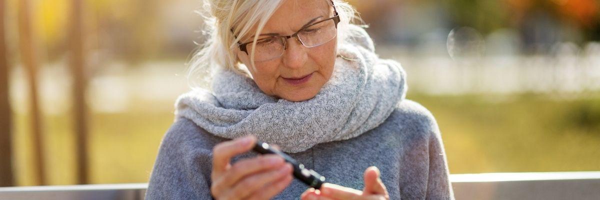starsza osoba z cukrzycą
